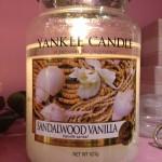 "Yankee Candle ""Sandalwood Vanilla"" Stor"