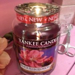 Yankee Candle Black Plum Blossom Stor