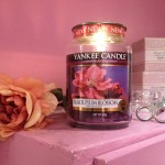 Yankee Candle Black Plum Blossom